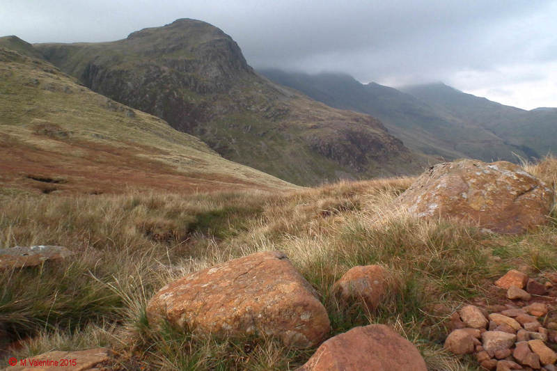 05-Looking back to Crinkles as the mist lifts..jpg