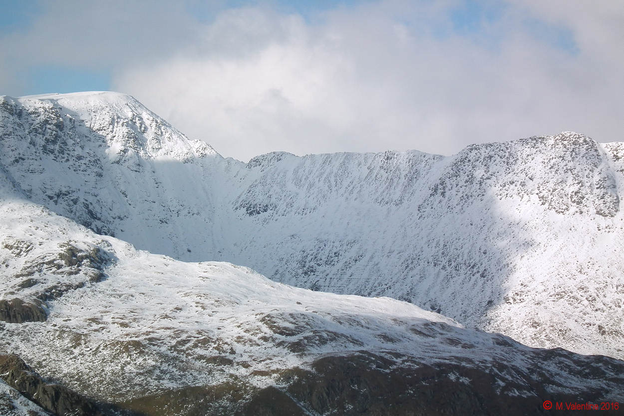 06 - Striding Edge from Cofa Pike.jpg