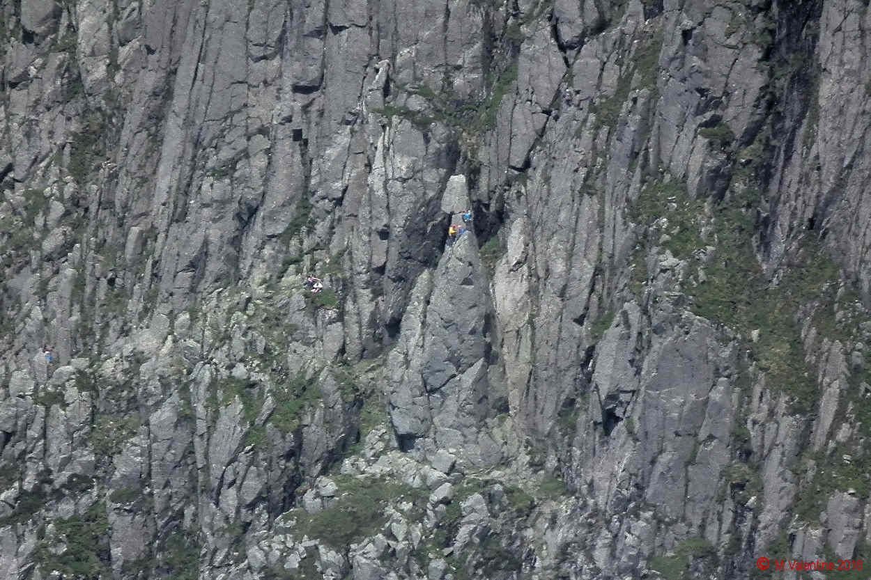 08 - Climbers on Napes Needle (Zoomed-in shot)..jpg