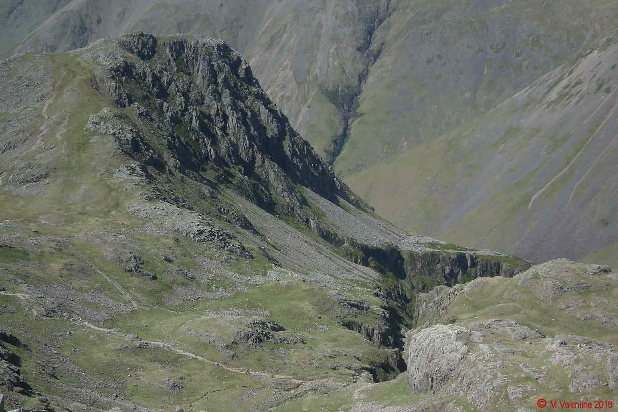 16 - Lingmell Crags and top of Piers Gill.jpg