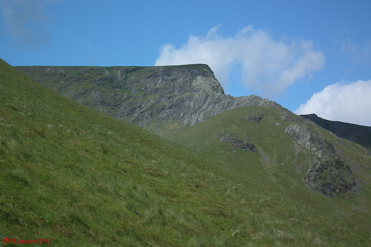 02 - Sharp Edge 02.jpg