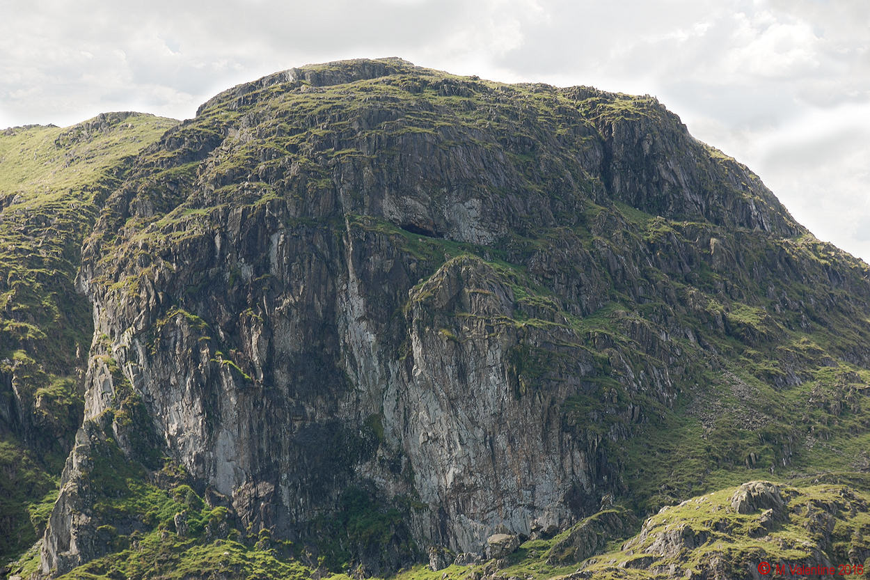 03 - The Priest's Hole Cave on Dove Crag.jpg