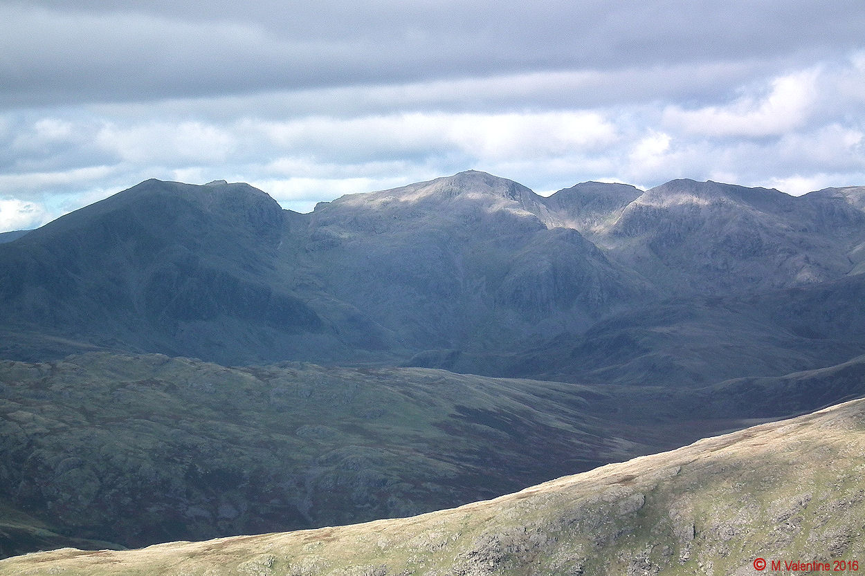 11a The Scafell's from Dow Crag summit.jpg