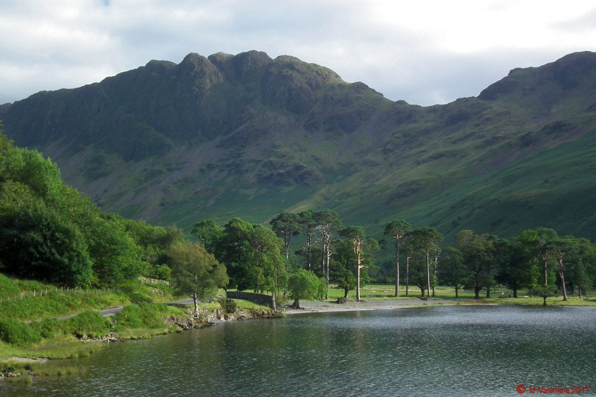 07 Haystacks from Buttermere Lakeshore.jpg