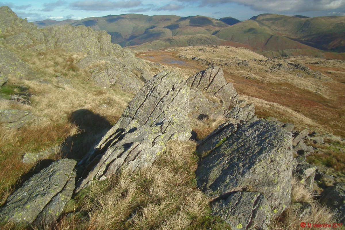 10 Helvellyn range from Codale Head.jpg