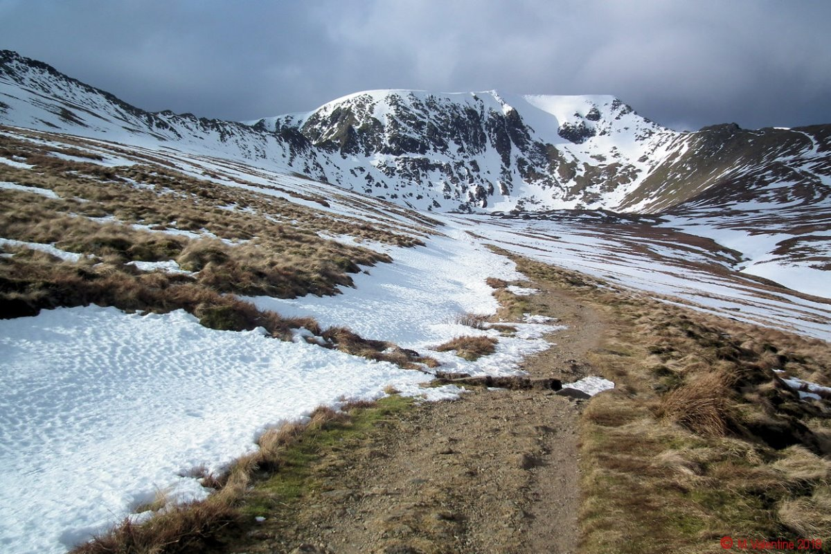 07 Helvellyn from the approach to Red Tarn.jpg