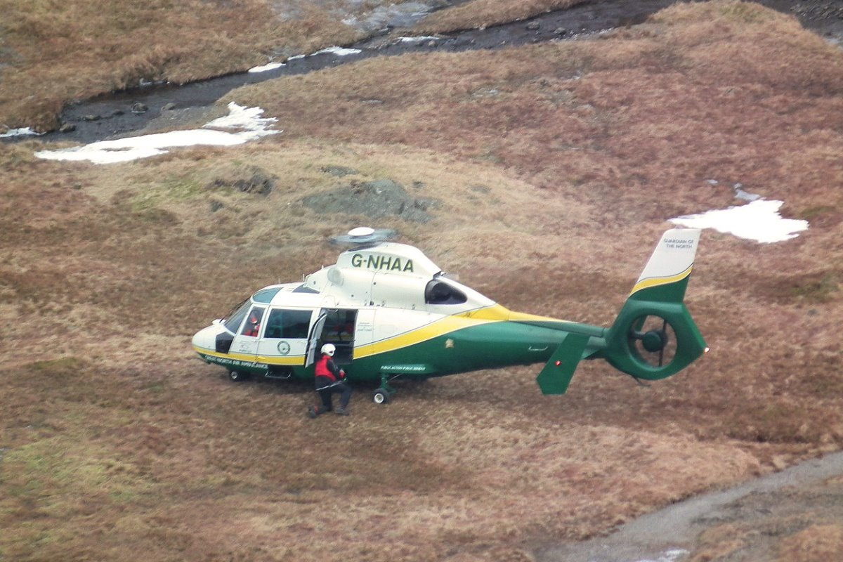 32 Great North Air Ambulance02.jpg