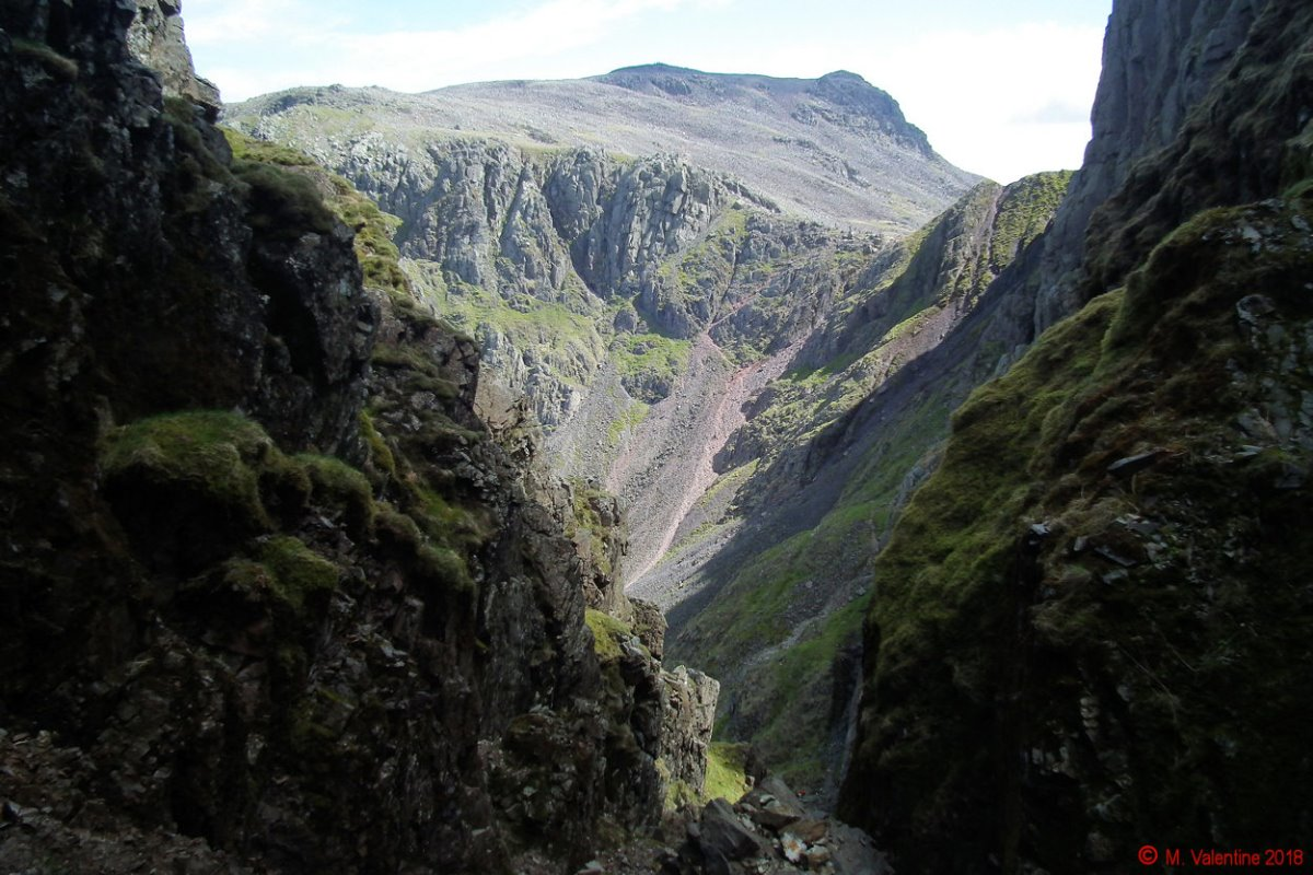18 Looking down Lord's Rake.jpg