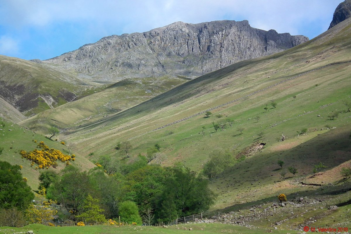 40 Scafell Pike from near Brackenclose.jpg
